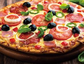 意式荤食薄脆披萨